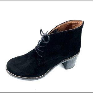"""Aldo Womans Black Suede Lace Up 2.75"""" Heel Boots SZ 38"""